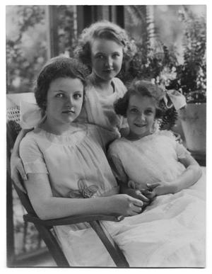 Primary view of object titled '[Betty, Helen, and Eleanor Scott]'.
