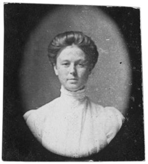 Primary view of object titled 'Portrait of an unidentified woman'.