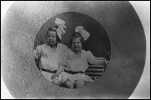 [Powell Sisters]