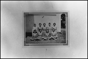[Ironton School Girls Basketball Team]