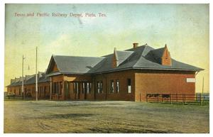 Primary view of object titled 'Texas and Pacific Railway Depot, Paris, Tex.'.