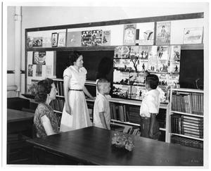 Primary view of object titled '[Classroom at Tilley School]'.