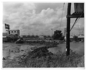Primary view of object titled '[Photograph of Flooding on East Side of the Sabine River]'.