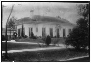 Primary view of object titled '[Lutcher Brown Home]'.