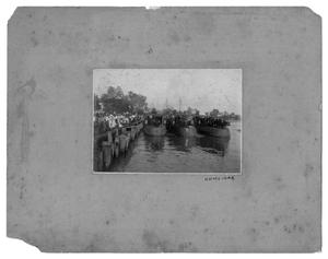 Primary view of object titled '[Photograph of Three Boats and Crowd at Orange, Texas Pier]'.