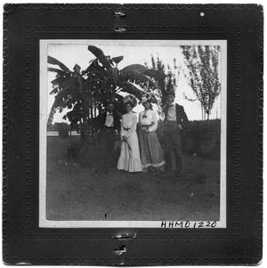 Primary view of object titled 'Mr. and Mrs. Robert Goree with Mr. and Mrs. P.B Goree'.
