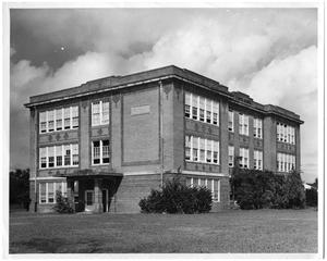 Primary view of object titled '[Curtis School in 1948]'.