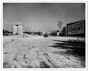 Primary view of object titled '[Texas Portland Cement Company]'.