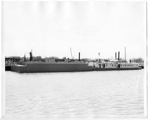Primary view of object titled '[CBC 135 and Canal Barge Co.]'.