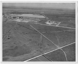 Primary view of object titled '[aerial Photograph of DuPont Plant]'.