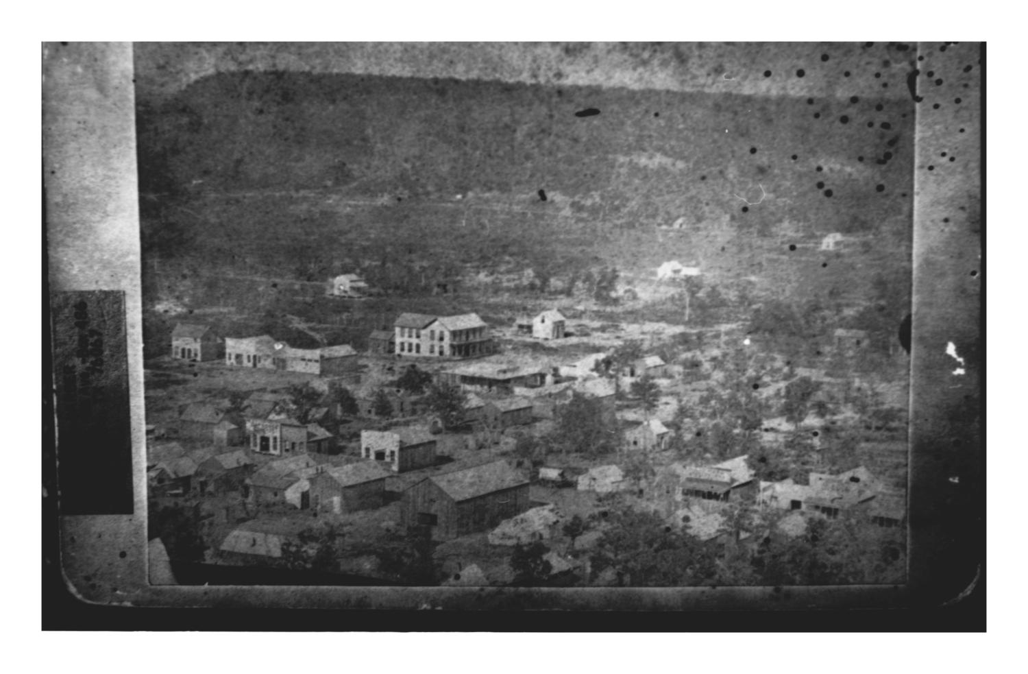 [The Middle Panel of the Oldest Known Panorama of Mineral Wells]                                                                                                      [Sequence #]: 1 of 1