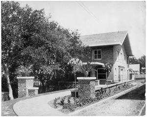 Primary view of object titled 'Cobb-Burney House'.