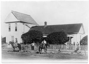 Primary view of object titled 'Sweetwater House hotel, Sweetwater, Texas, ca. 1880's'.