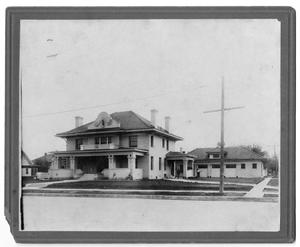 Primary view of object titled '[Residence of Guy Waggoner]'.