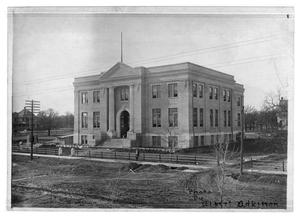 Primary view of object titled '[Unknown building in Mineral Wells]'.