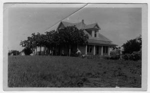 Primary view of object titled '[Unidentified Farmhouse]'.