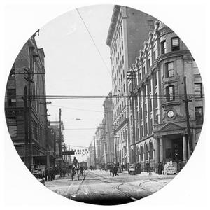 Primary view of object titled '7th Street Looking West, Ft. Worth, Texas'.