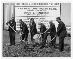 Primary view of object titled '[Groundbreaking, Dan Danciger Jewish Community Center]'.