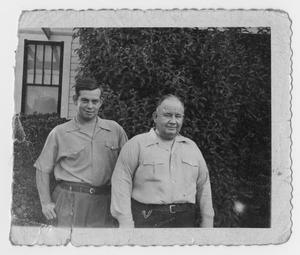 Primary view of object titled '[Photograph of John Todd Willis, Jr. and John T. Willis, Sr.]'.