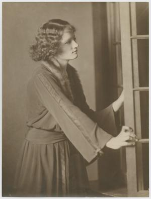 [Eula Holley Portrait]