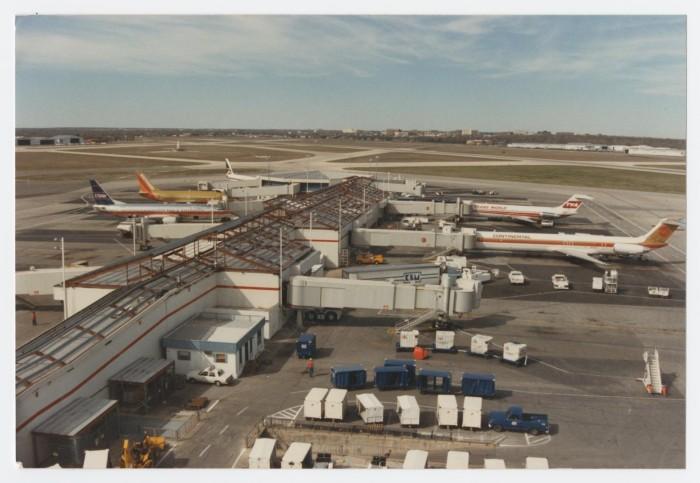 Airplanes at Robert Mueller Mu...