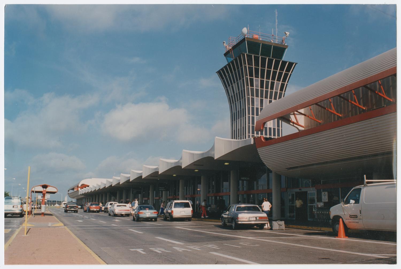 Cars Com Austin >> [Cars at Austin Robert Mueller Airport] - The Portal to Texas History