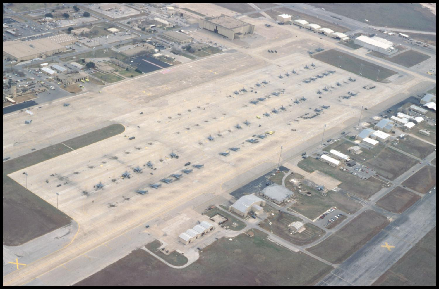 an overview of the popular bergstrom air force base Bigfoot description reports evidence faqs articles resources  i was in  the air force (security police or now security forces) i was also  this was at  bergstrom afb (now austin-bergstrom international airport)  y outrigger on  top.