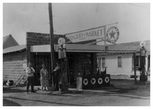 Primary view of object titled '[Walker's Grocery and Market]'.