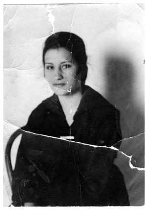 Primary view of object titled '[Josephina Colomo in her late teens]'.