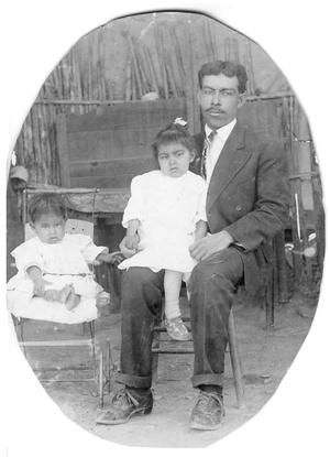 Primary view of object titled 'Hilario Cordova and Children'.