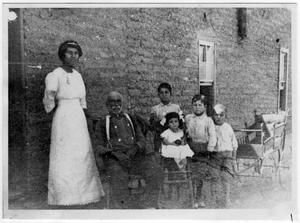 Primary view of object titled '[Miquel Cabezuela and his family in 1914]'.