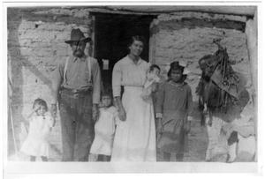 Primary view of object titled '[Jesus Cabezuela and his family in 1915]'.