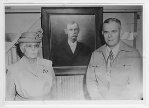 Primary view of object titled '[Photograph of Mrs. Arthur Prude & John Prude]'.