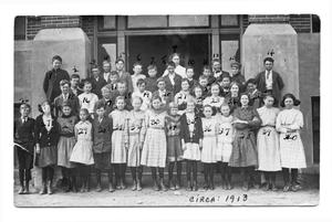 [Dalhart elementary school students]