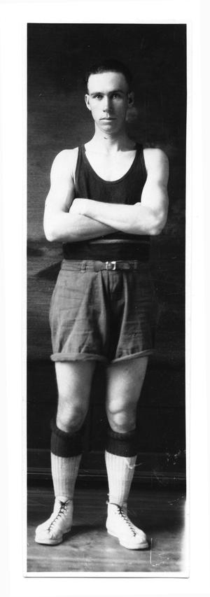 Primary view of object titled '[West Texas State Normal College basketball player]'.