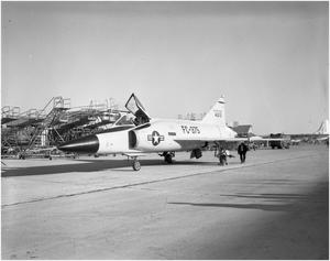 Primary view of object titled 'F-102 Arrival at Convair Ft. Worth'.