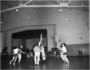 Primary view of object titled 'Bombarette Basketball Game'.