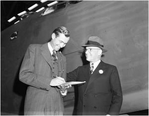Primary view of object titled 'Newman Signing 1st B-24 Over to Girdler'.