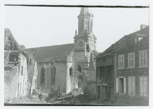Primary view of object titled '[Damaged Buildings]'.