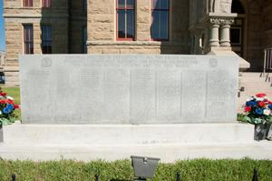 Primary view of object titled '[Memorial to Fallen Lavaca County Soldiers]'.