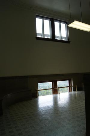 [Hallway in Courtroom]