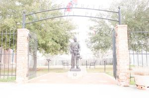 Primary view of object titled '[Statue in Confederate Memorial Plaza]'.