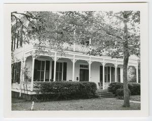 Primary view of object titled '[Hahn House Photograph #4]'.