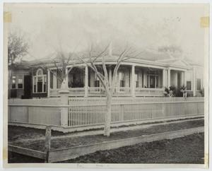 Primary view of object titled '[George Home Photograph #8]'.