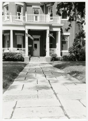 Primary view of object titled '[Dr. I. F. Nofsinger House Photograph #4]'.