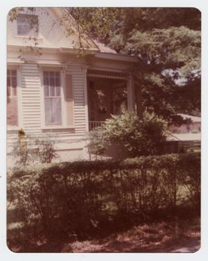 Primary view of object titled '[Pfeiffer Home Photograph #7]'.