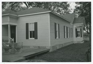 Primary view of object titled '[Haynes-Felcman House Photograph #3]'.