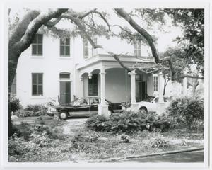 Primary view of object titled '[Hutchings House Photograph #7]'.