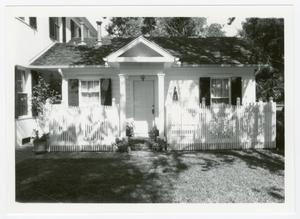 Primary view of object titled '[Phillips-Sale House Photograph #5]'.