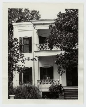 Primary view of object titled '[Seelhorst-Lehrmann House Photograph #1]'.